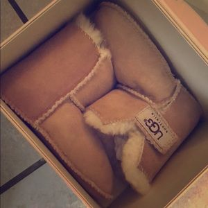 Large Infant UGGS.